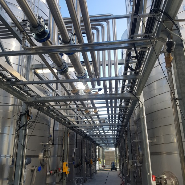 Winery pipework J 11